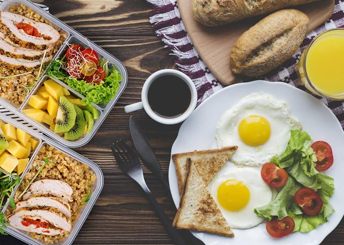สูตรลับอาหารเช้าและกลางวัน